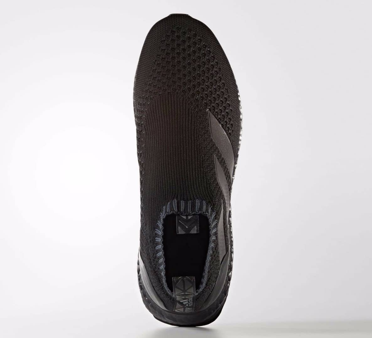 sneakers-adidas-ace16-purecontrol-ultra-boost-triple-black-img4