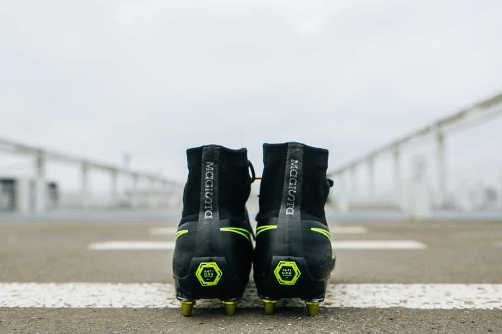 test-chaussure-foot-nike-magista-anti-clog-samuel-guibert-2017-12-min