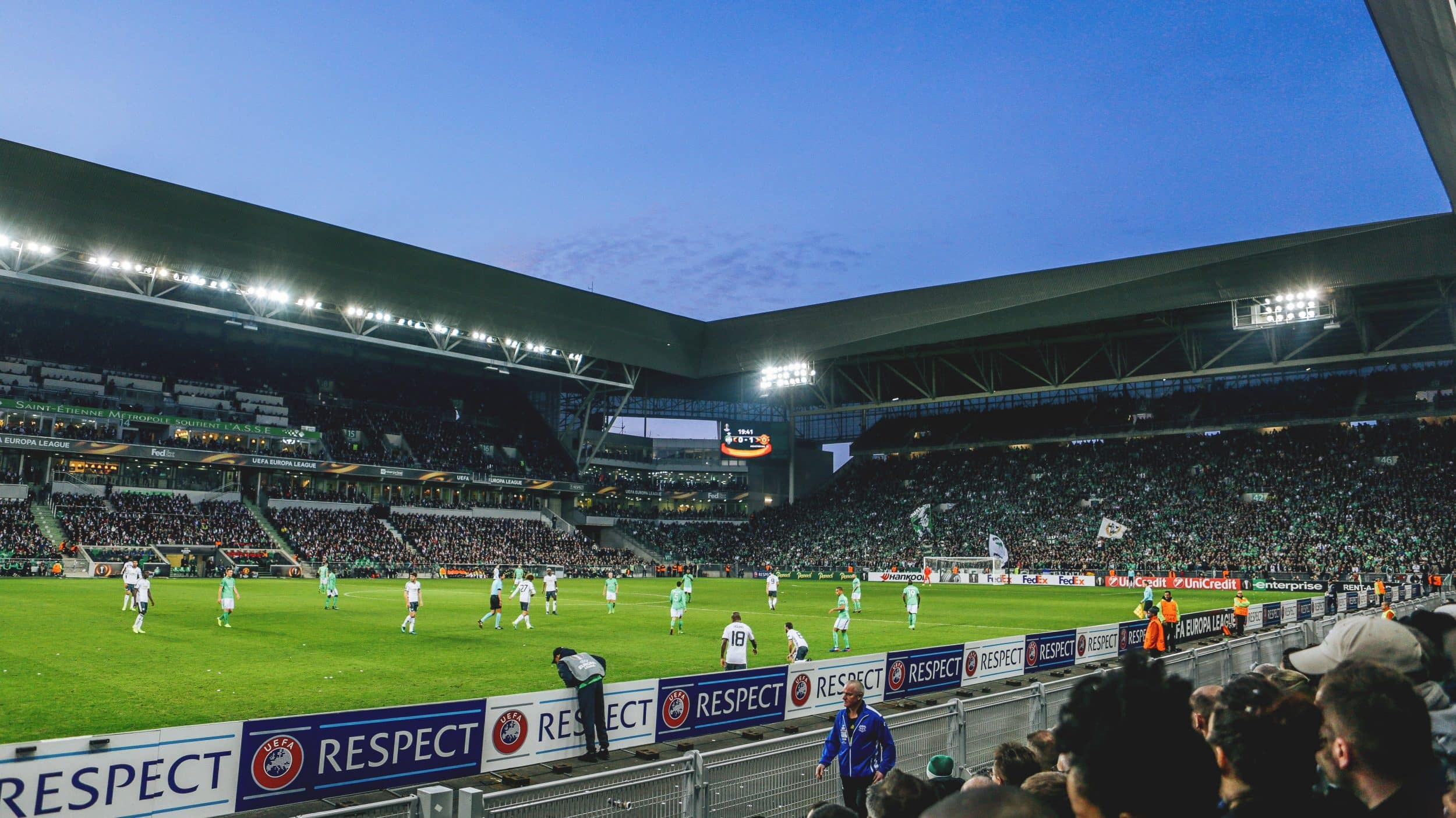 au-stade-geoffroy-guichard-asse-manchester-united-europa-league-5-min