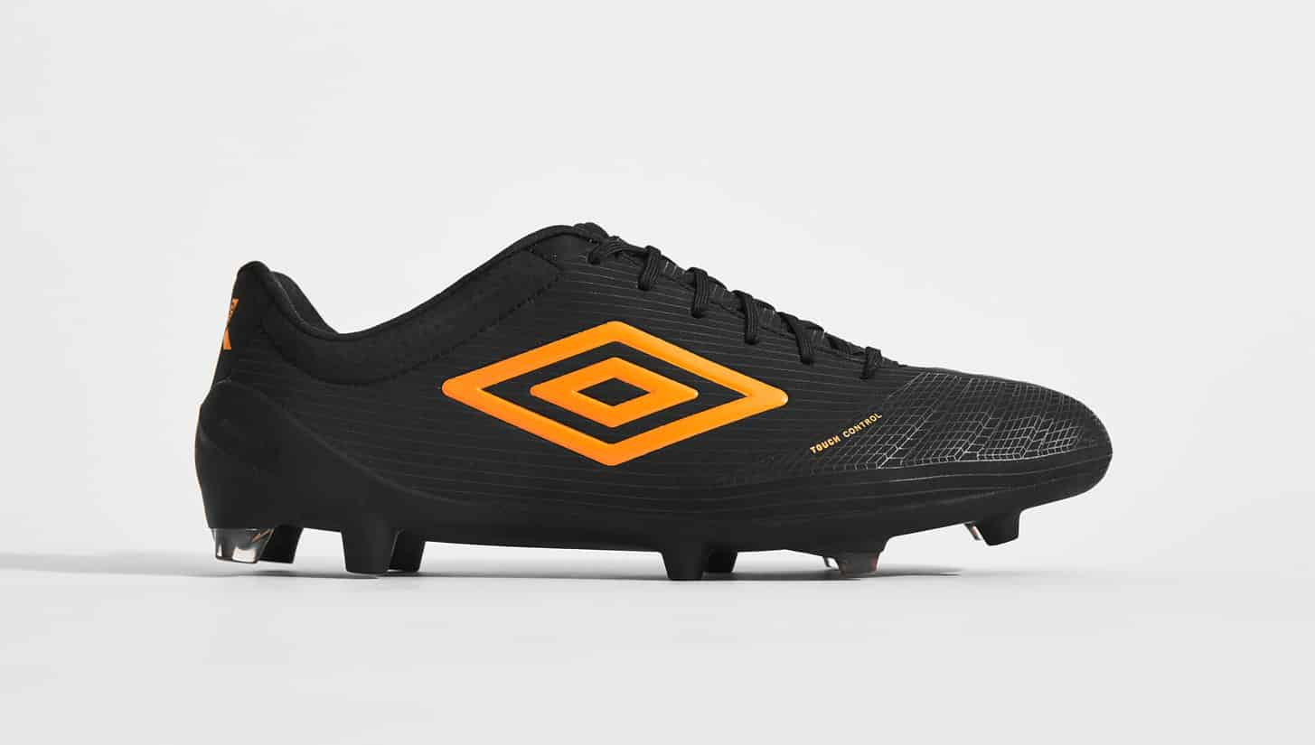 chaussures-football-umbro-ux-accuro-orange-pop-img2