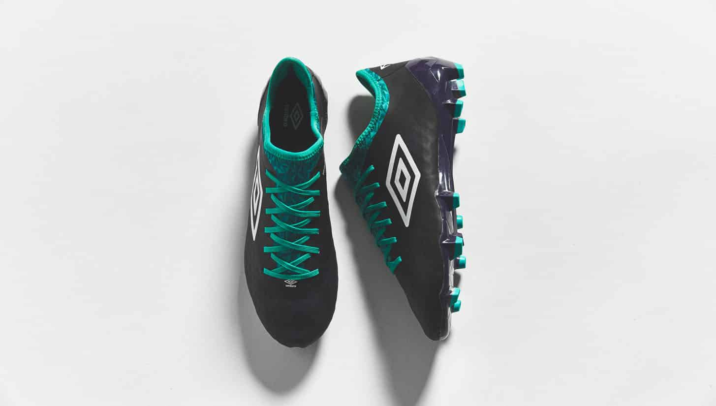 chaussures-football-umbro-velocita-3-astral-aura-img4