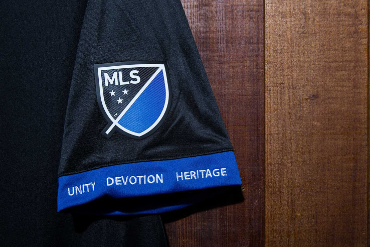 maillot-domicile-san-jose-earthquakes-2017-mls-adidas