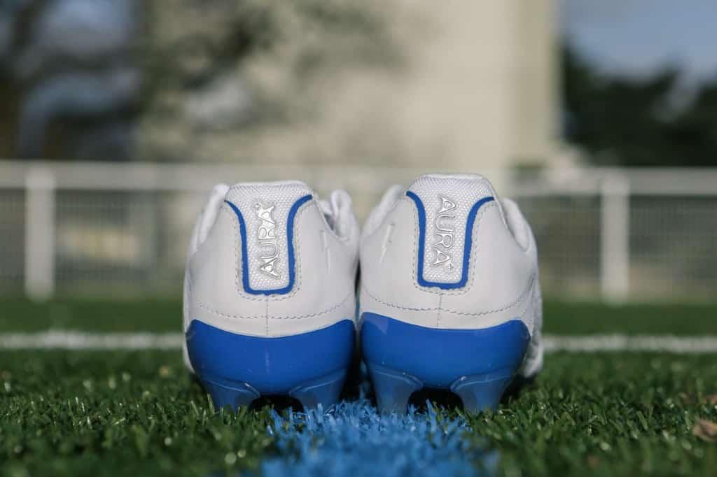chaussure-football-concave-aura-mars-2017-11