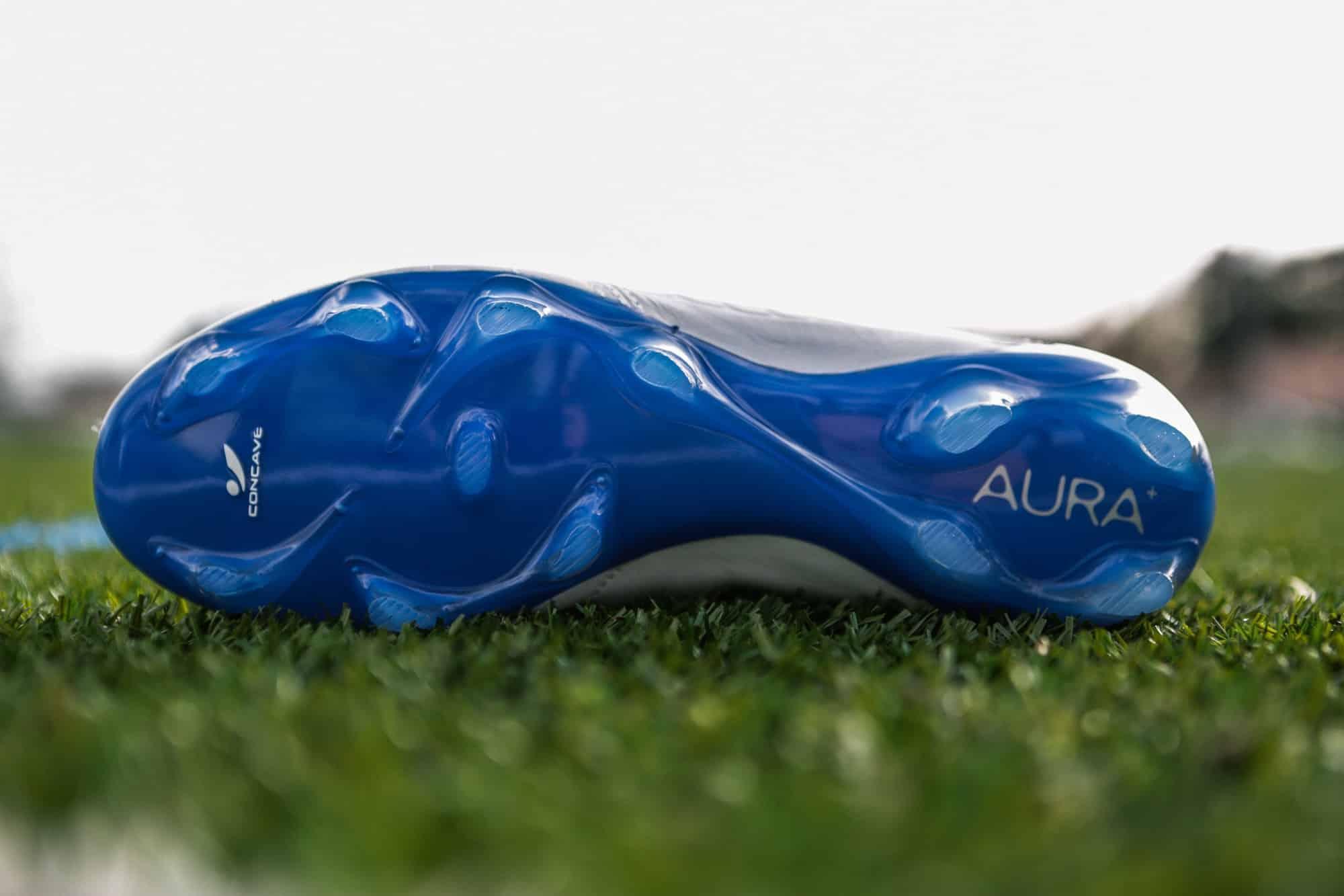 chaussure-football-concave-aura-mars-2017-2