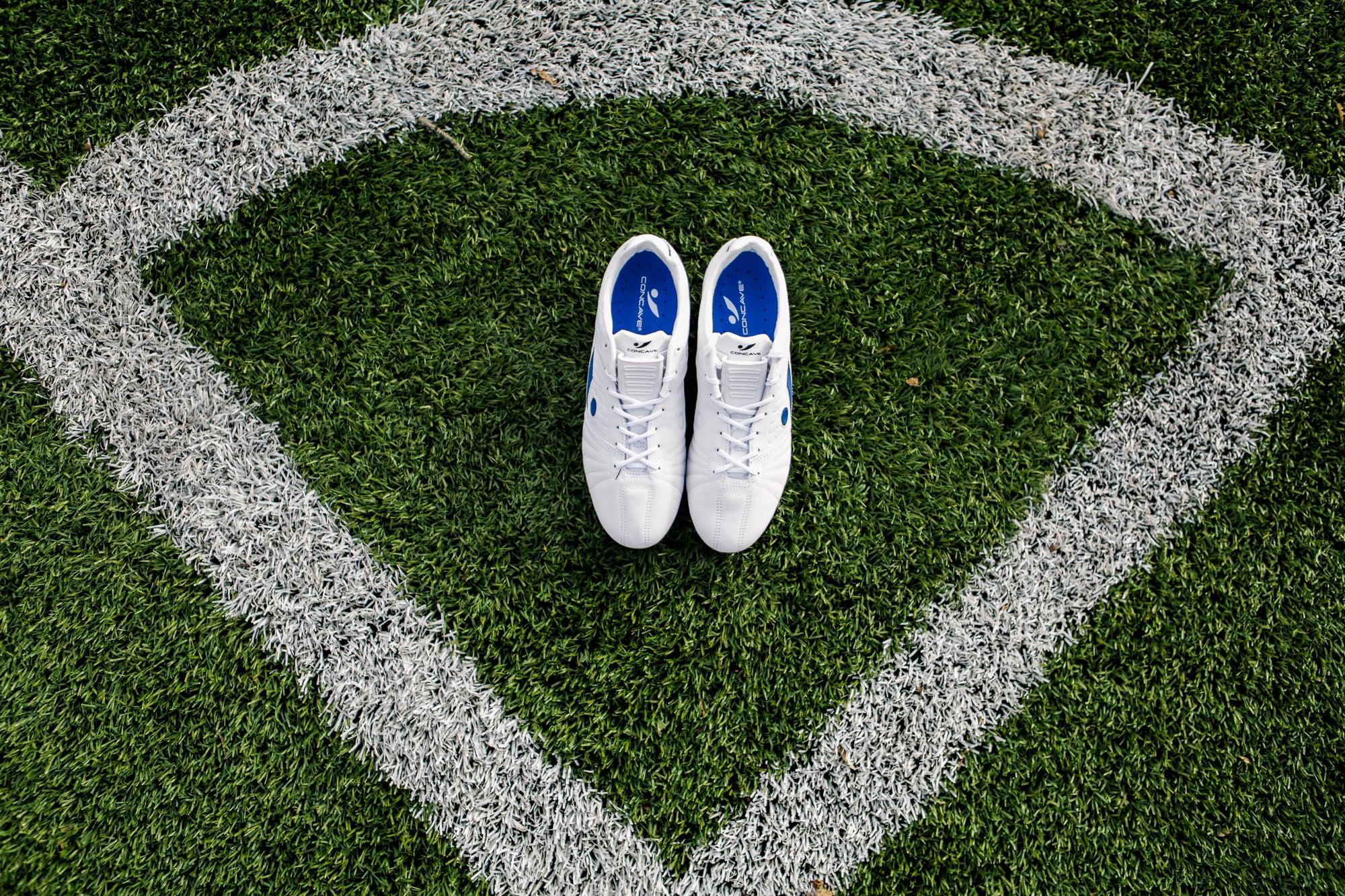 chaussure-football-concave-aura-mars-2017-3