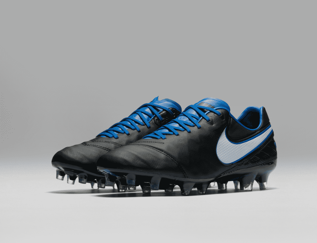 chaussure-football-nike-tiempo-legend-derby-day-2