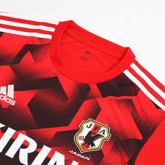 maillot-football-entraînement-adidas-japon-2017-rouge-img3