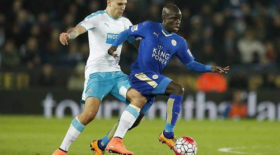 chaussure-Ngolo-Kanté-Leicester-adidas-X15-or-noir