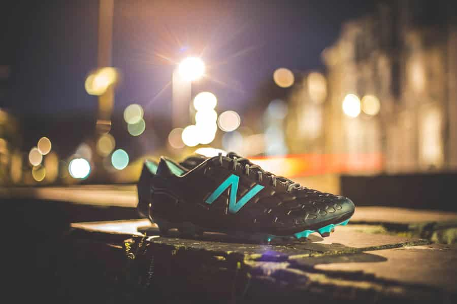 chaussure-football-new-balance-visaro-edition-limitee-avril-2017