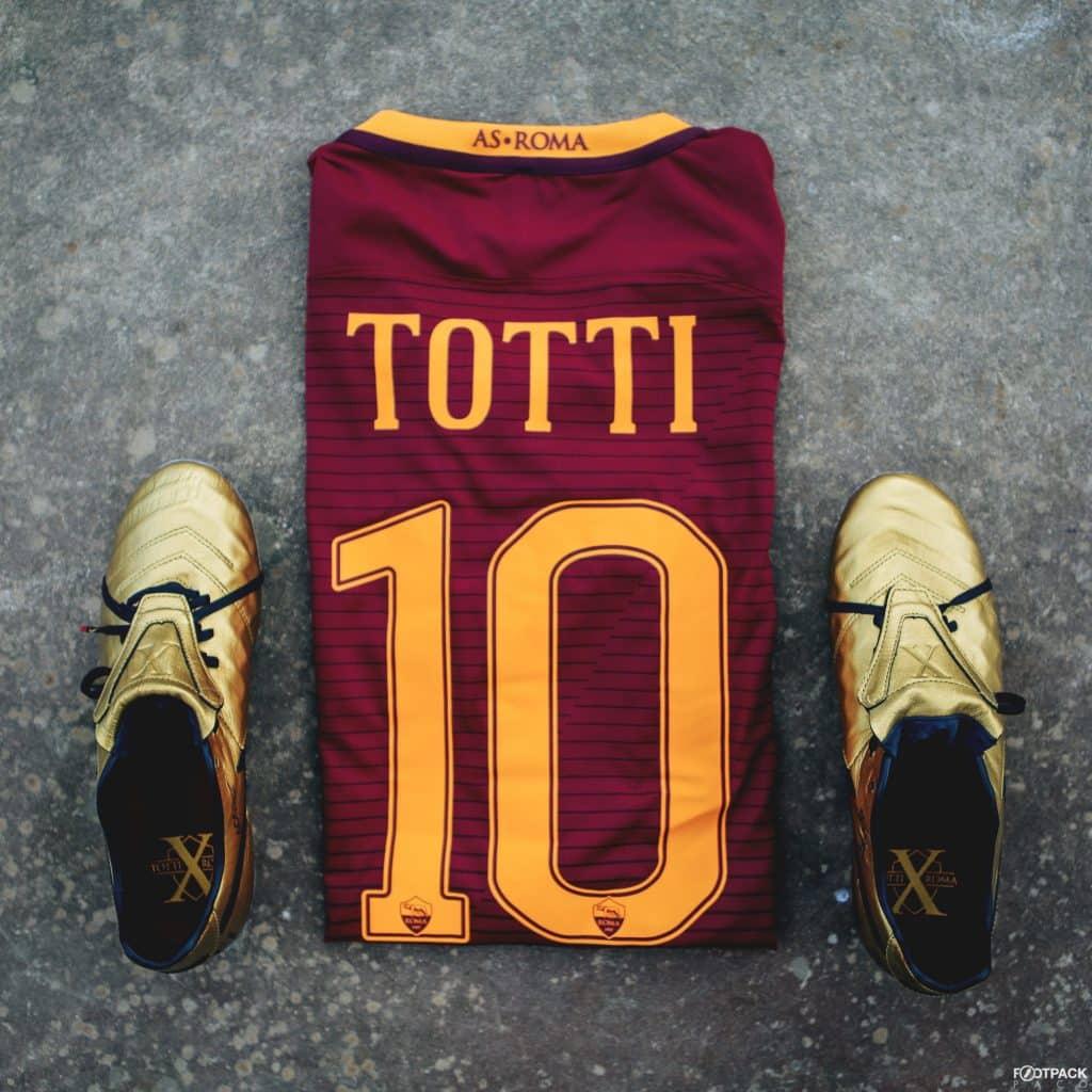 nike-tiempo-legend-6-francesco-totti-footpack-1