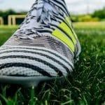 Comment reconnaître les différentes gammes de chaussures de foot ?