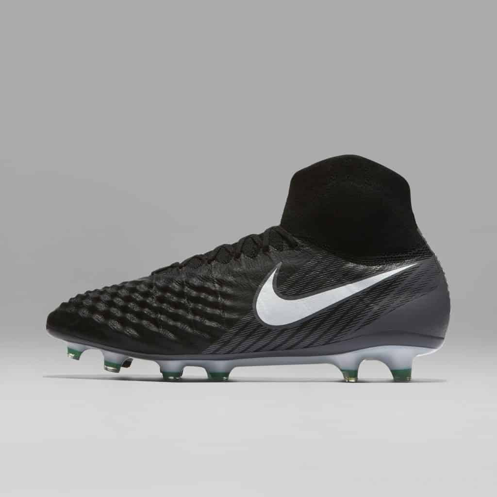chaussure-football-nike-magista-pitch-dark-juin-2017