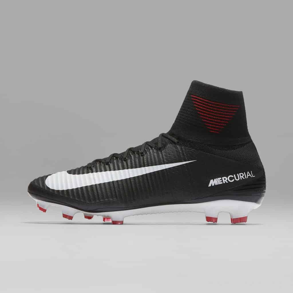 chaussure-football-nike-mercurial-pitch-dark-juin-2017