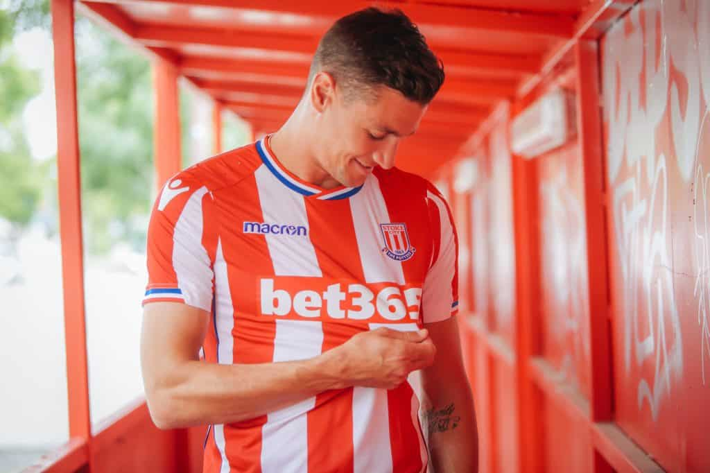 maillot-football-stoke-city-domicile-2017-2018-3