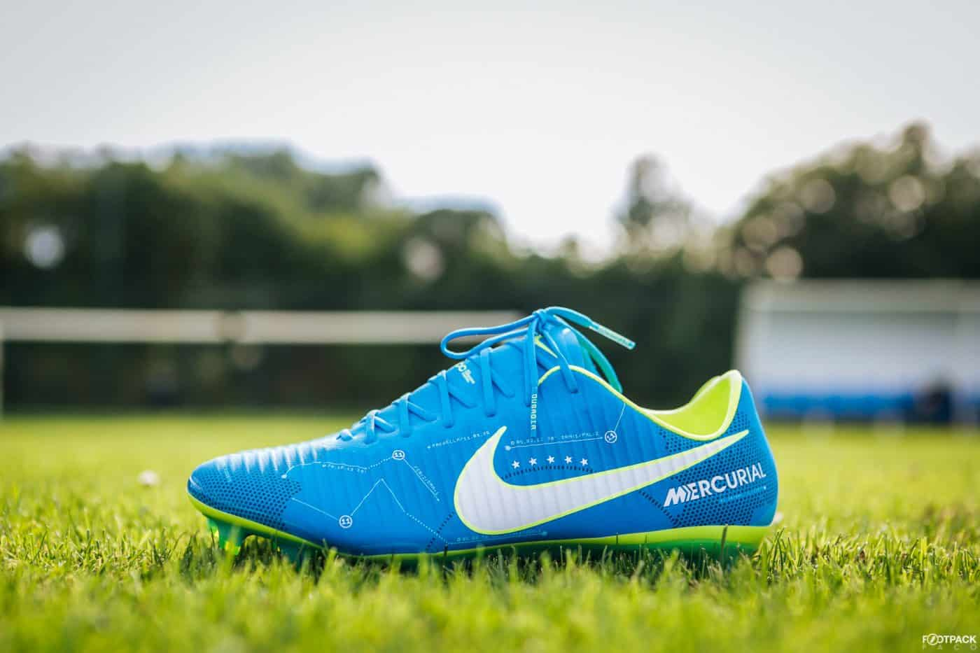 nike-mercurial-vapor-written-the-stars-neymar-footpack-2
