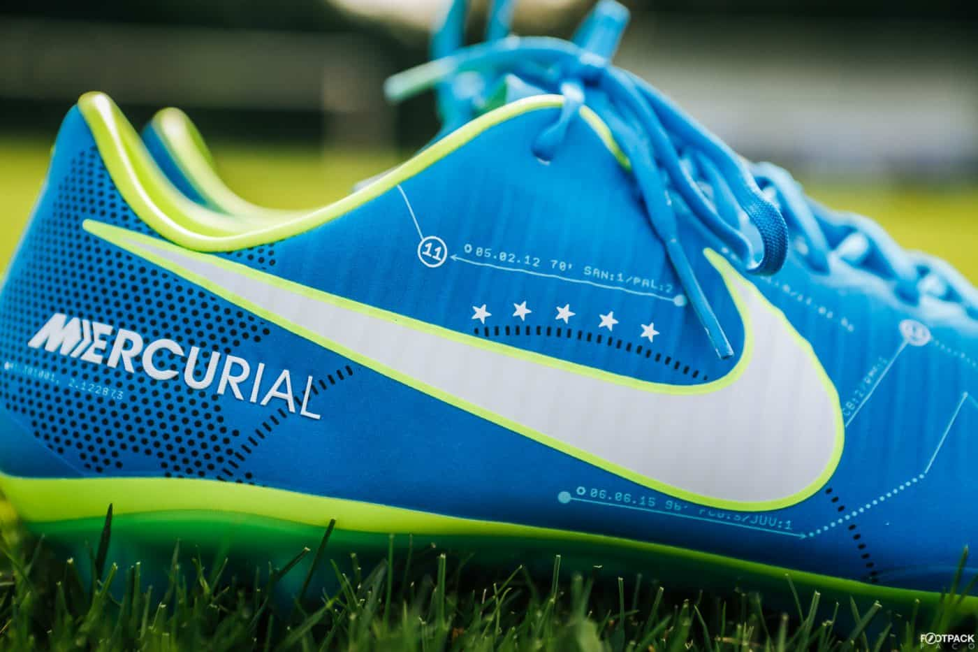 nike-mercurial-vapor-written-the-stars-neymar-footpack-3