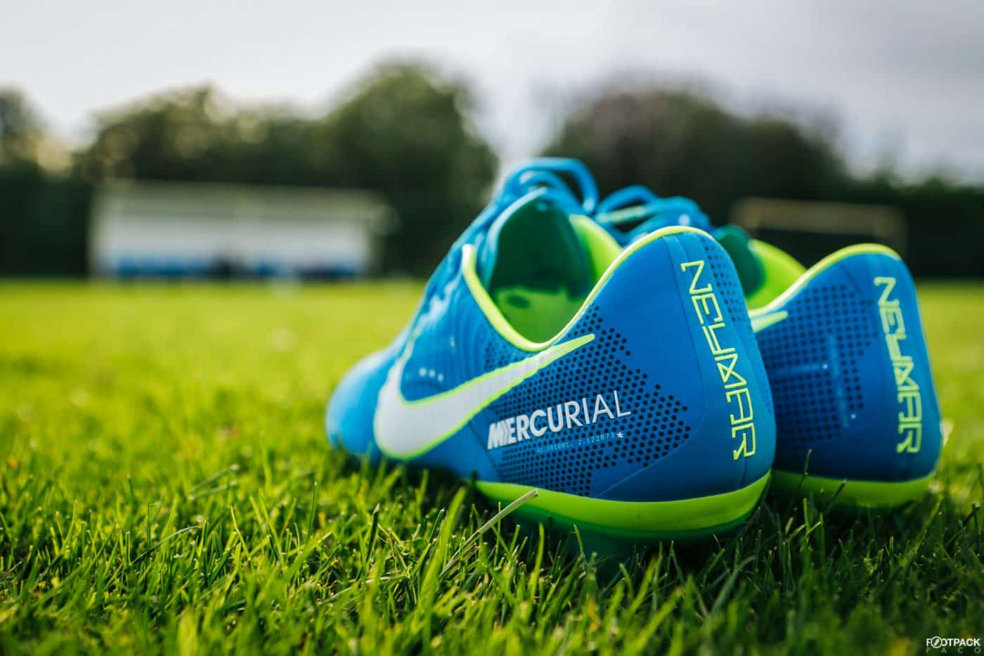 nike-mercurial-vapor-written-the-stars-neymar-footpack-4
