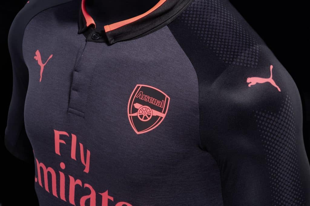nouveau-maillot-third-arsenal-exit-the-shadows-1