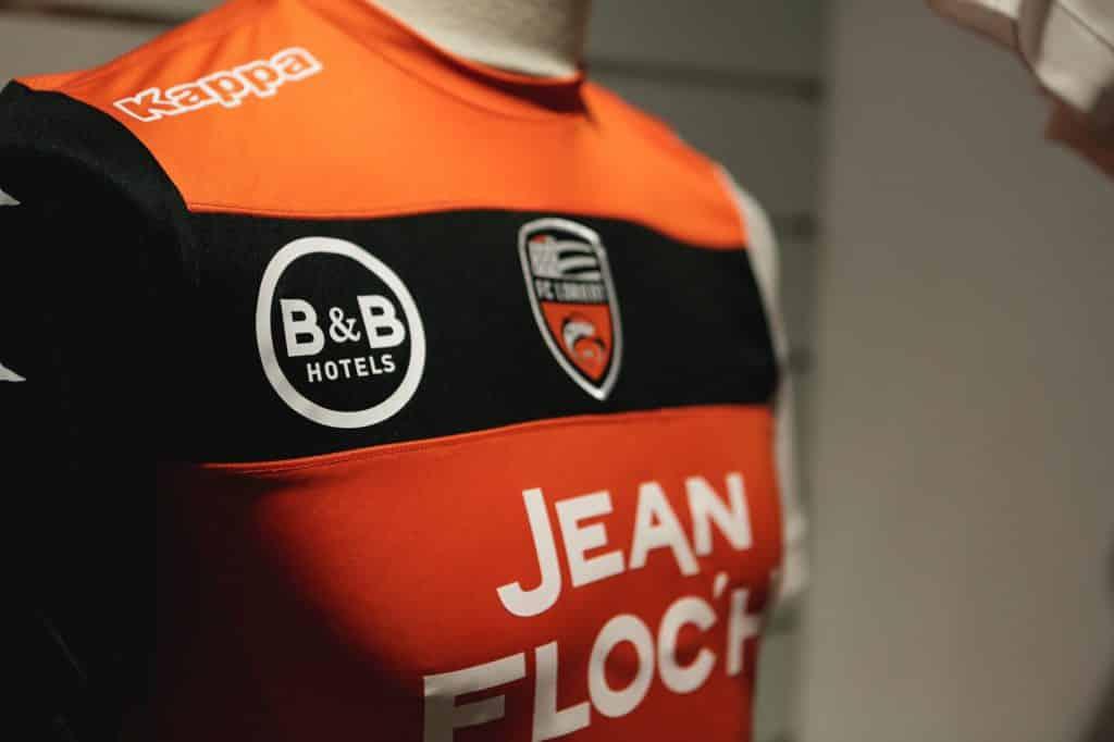 nouveaux-maillots-fc-lorient-kappa-2017-2018-4