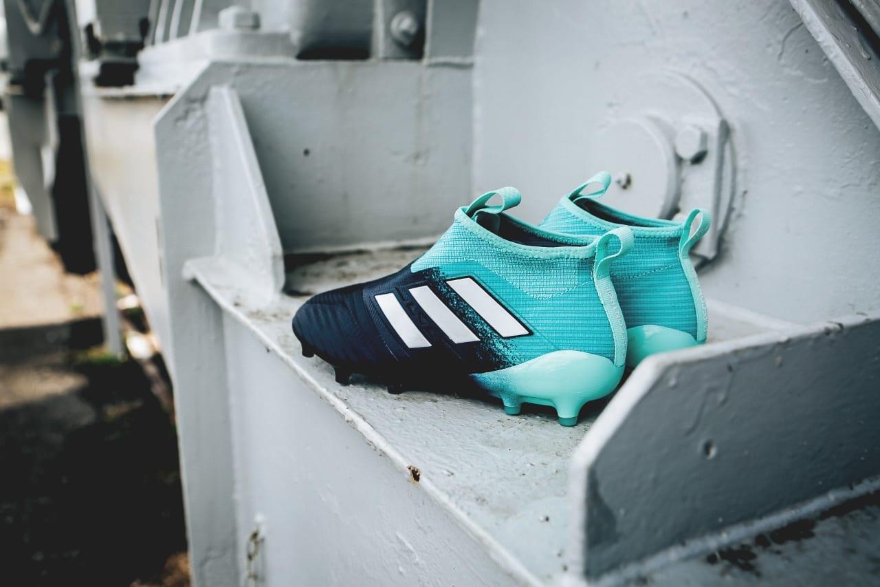 Coloris Coloris Adidas Dévoile Le Le Adidas Le Adidas Dévoile Dévoile AL5j4c3RqS