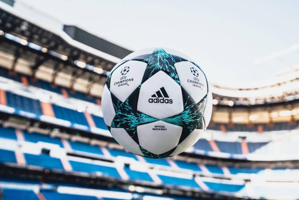 nouveau-ballon-ligue-des-champions-adidas-saison-2017-2018-kiev-ukraine-4