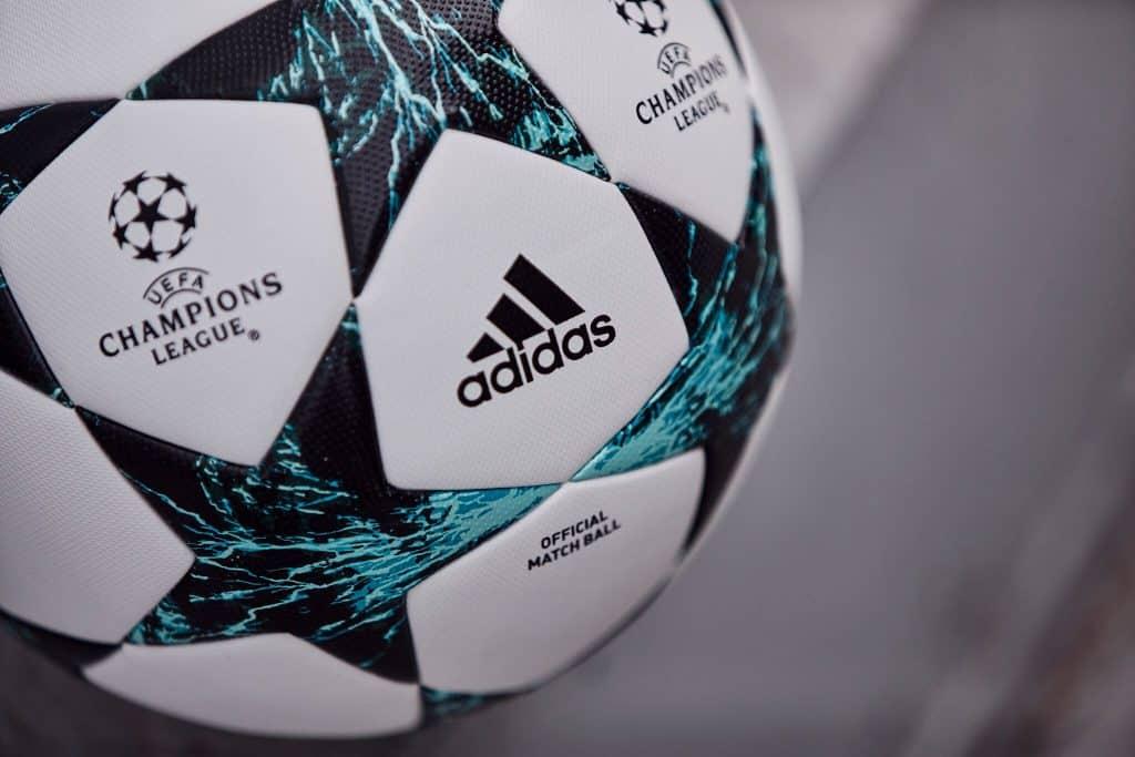 nouveau-ballon-ligue-des-champions-adidas-saison-2017-2018-kiev-ukraine-8