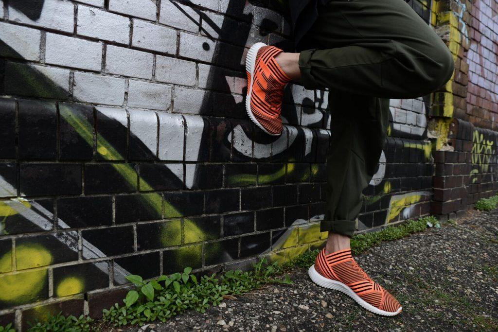 chaussure-football-adidas-nemeziz-pyrostorm-street