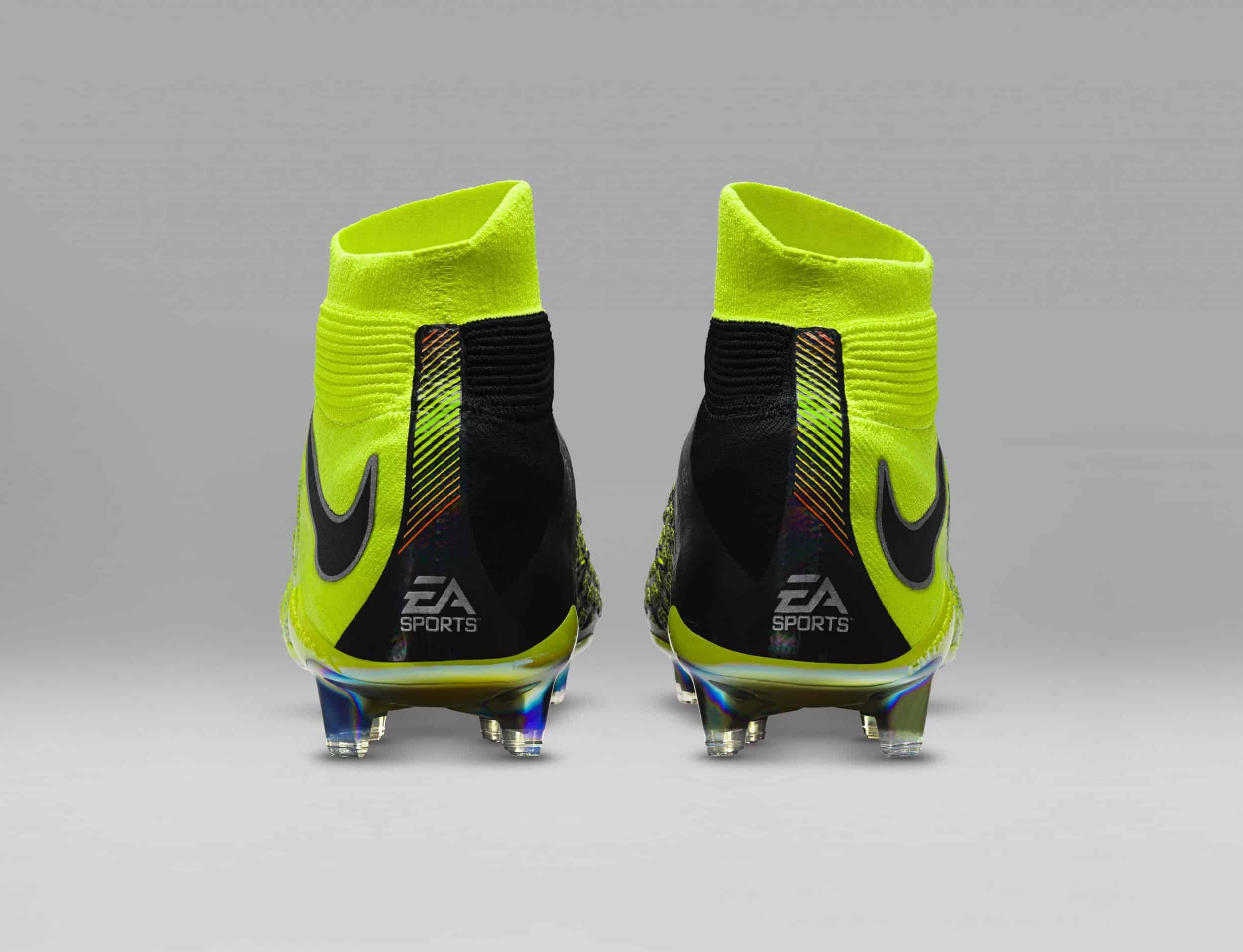chaussure-football-nike-hypervenom-3-DF-ea-sports-fifa18-cavani-4