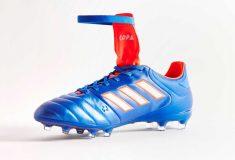 Image de l'article Un nouveau coloris bleu-rouge pour l'adidas Copa Gloro 17