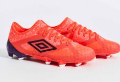 Image de l'article Une nouvelle collection Winter Bloom pour Umbro