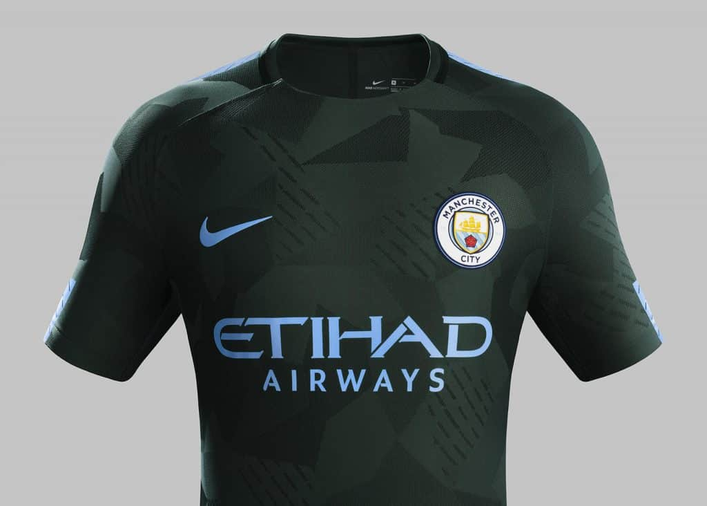 maillot-football-manchester-city-2017-2018-ligue-des-champions-septembre