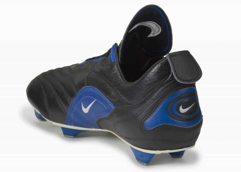 chaussure-nike-football-histoire-montebelluna-air-gx.-2