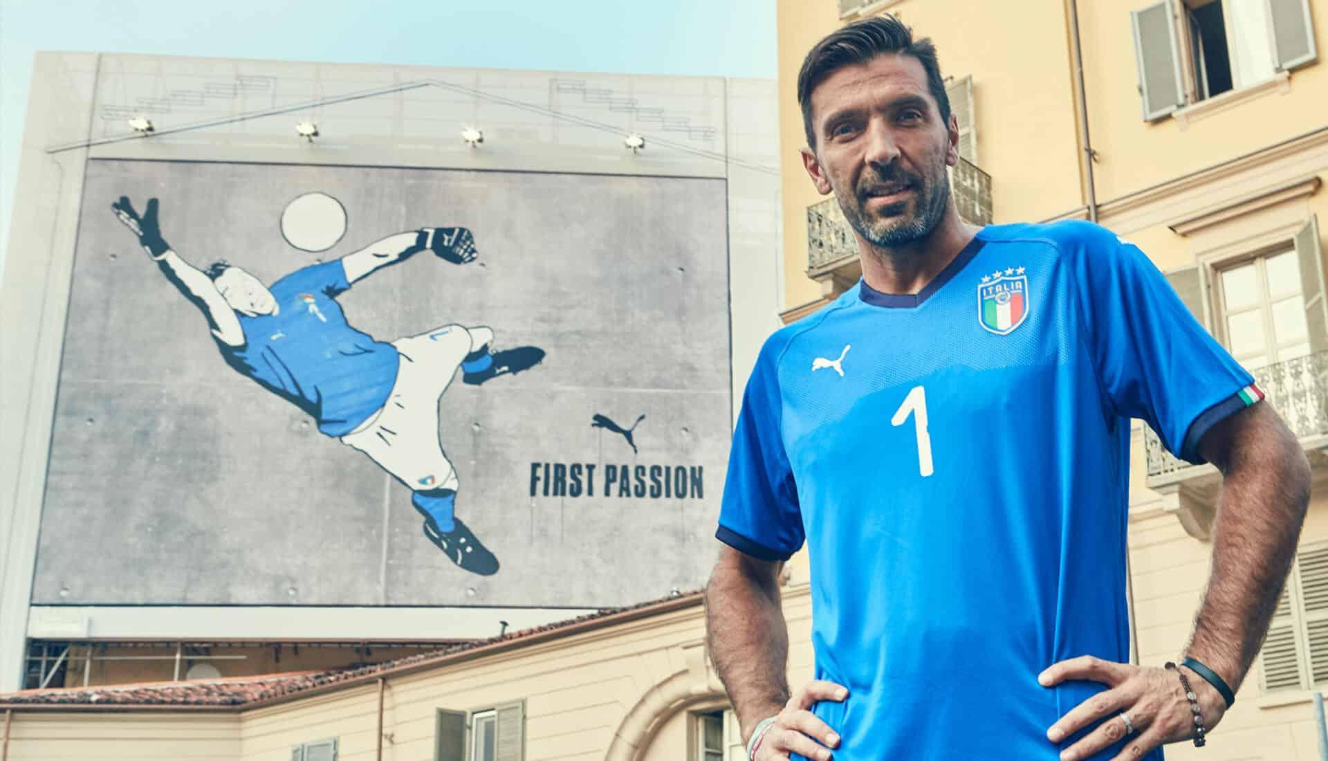 Puma d voile les nouveaux maillots de l 39 italie - Bureau de change place d italie ...