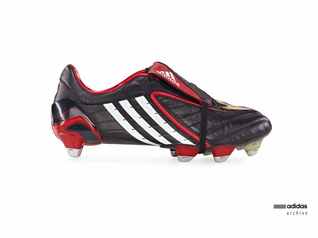chaussure-football-adidas-predator-powerswerve-2008
