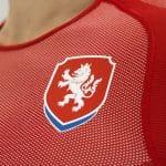 Les nouveaux maillots de la République Tchèque par Puma