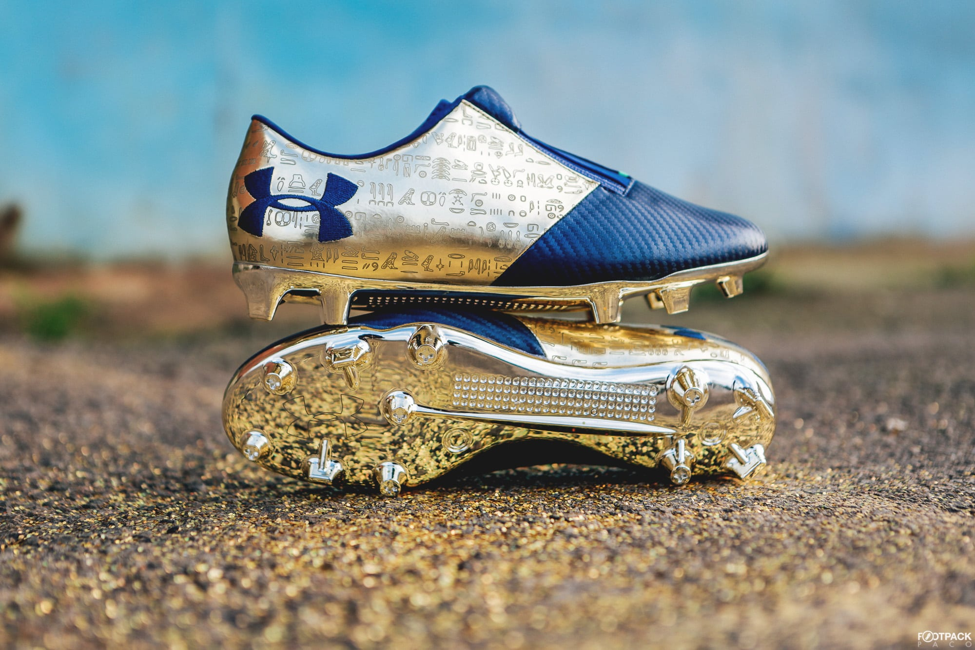 under armour spotlight depay dream chaser 1