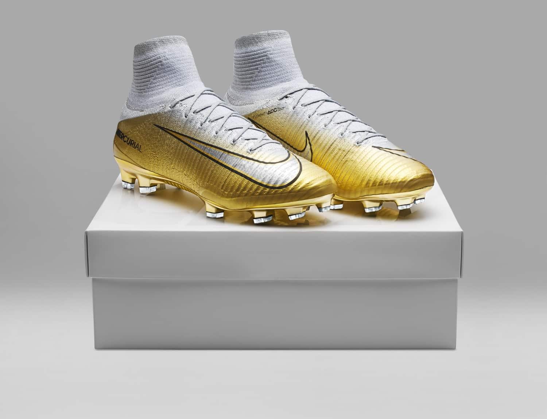 Ballon De Oww6qdxp7 Cristiano D'or Les Chaussures Ronaldo VqMUzpS