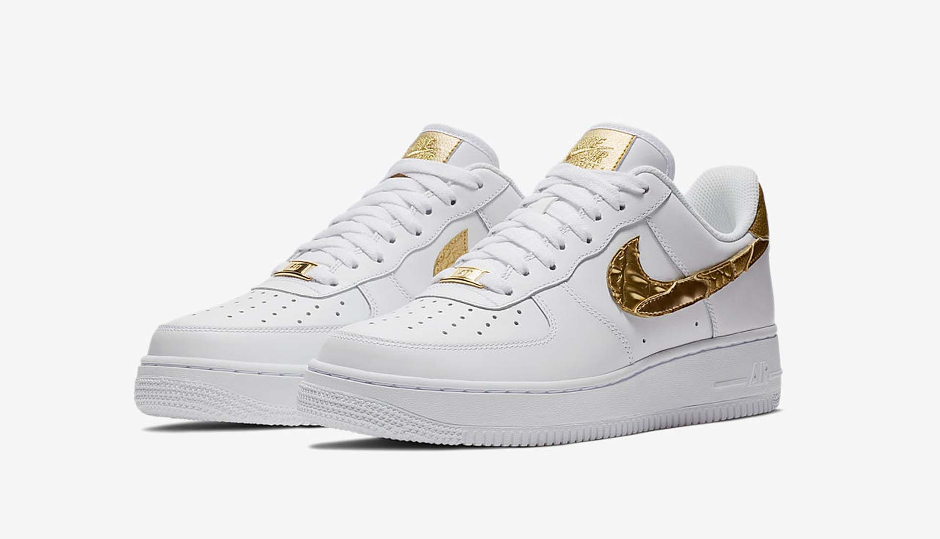 Los Angeles 2cee8 41d12 Nike dévoile la Air Force 1 CR7 Golden Patchwork, après la ...