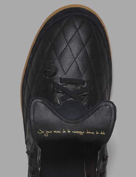 chaussure-de-foot-ronaldhino-nike-10r-city-collection-07_native_600.jpg