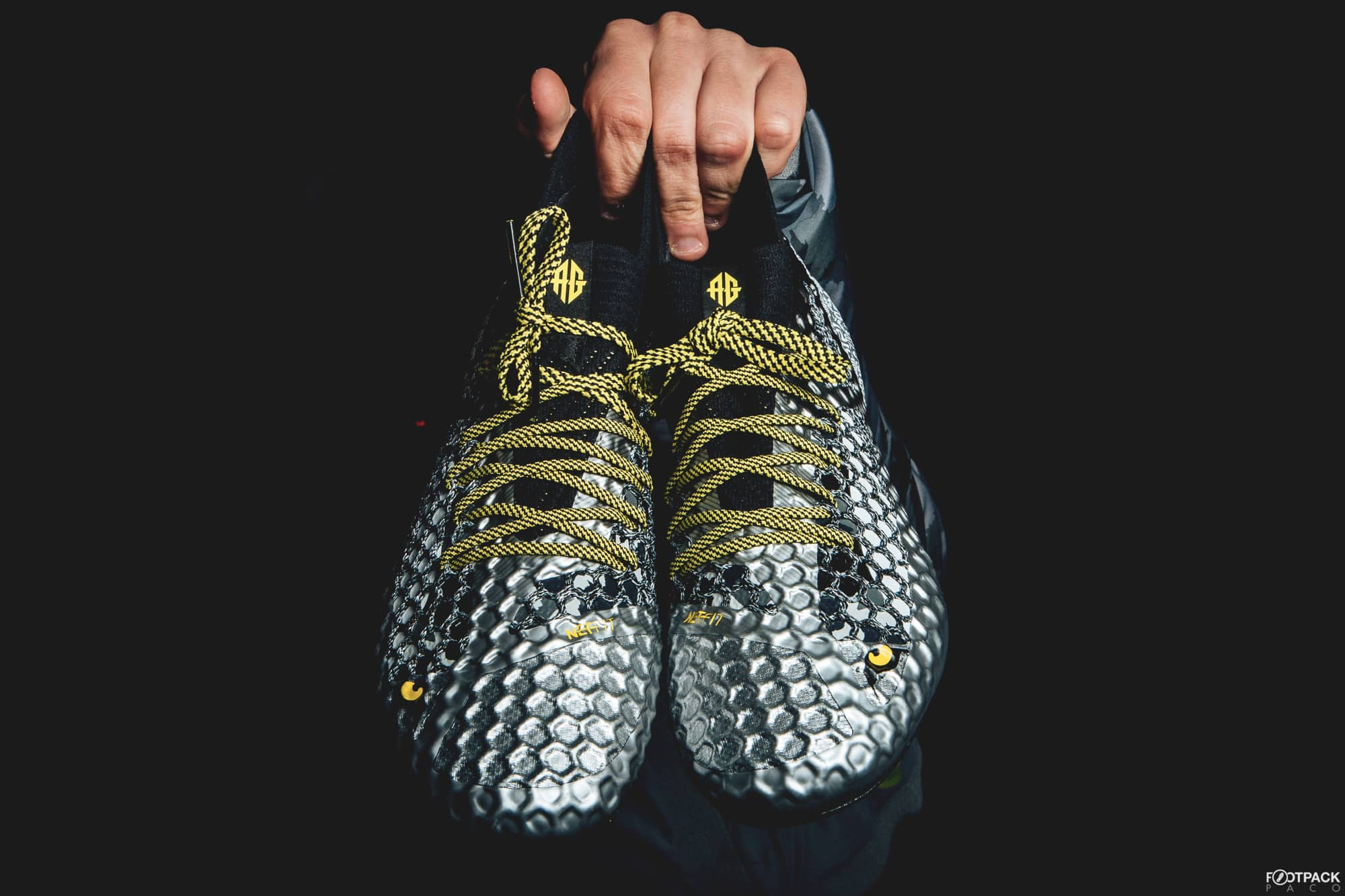 chaussure-football-puma-future-netfit-antoine-griezmann-décembre-2017-15