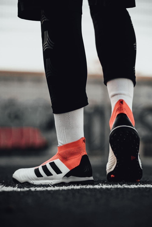chaussures-football-adidas-Predator-18-Cage-img1