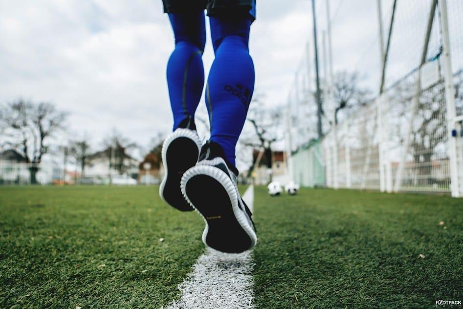 accessoire-adidas-alphaskin-360-bleu-img4