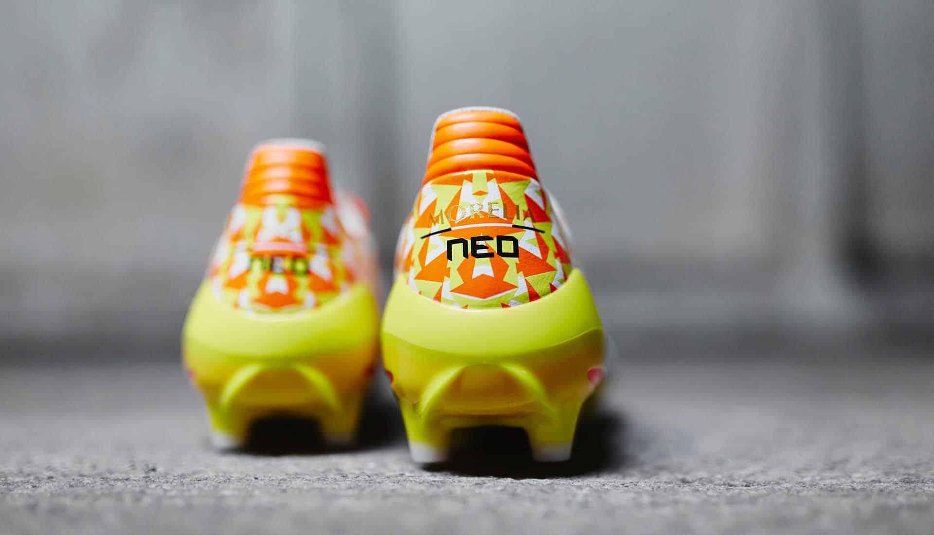 chaussures-football-Mizuno-Morelia-Neo-Origami-blanc-orange-jaune-img4