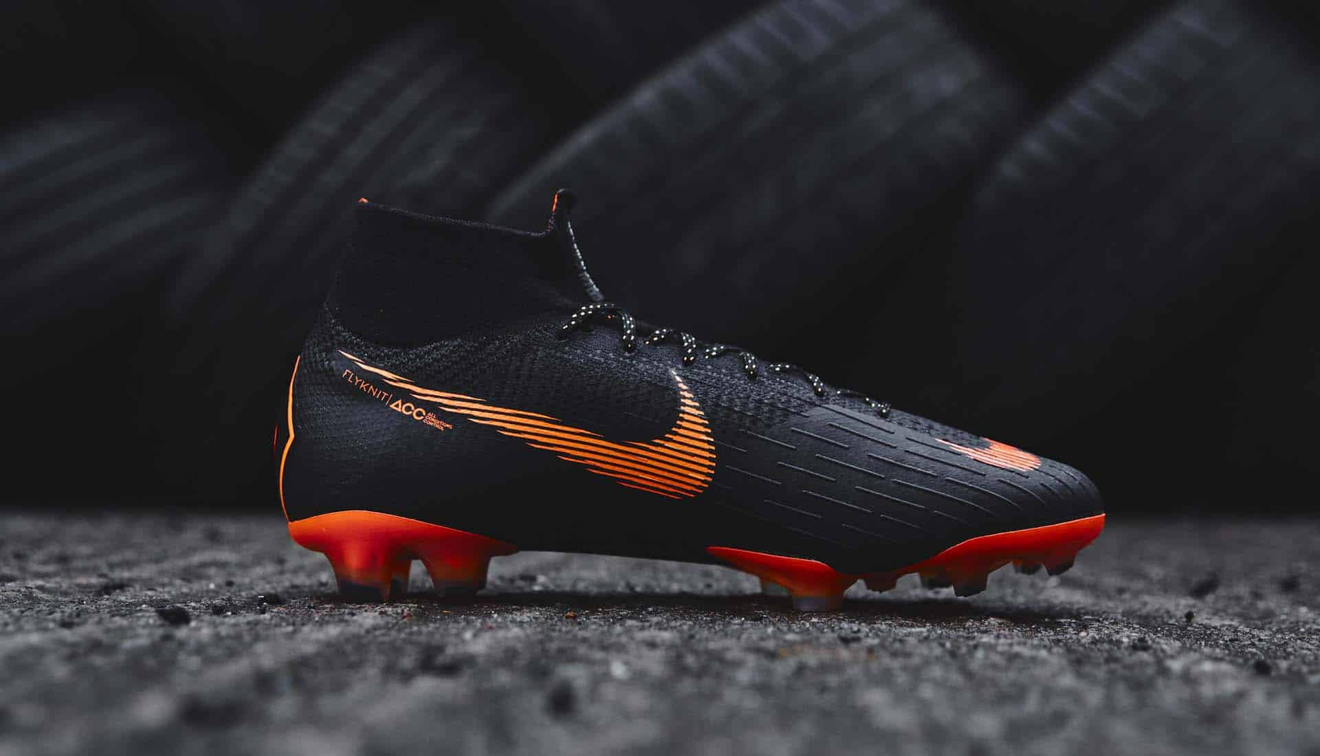 chaussures-football-Nike-Mercurial-Superfly-360-Noir-Orange-img1