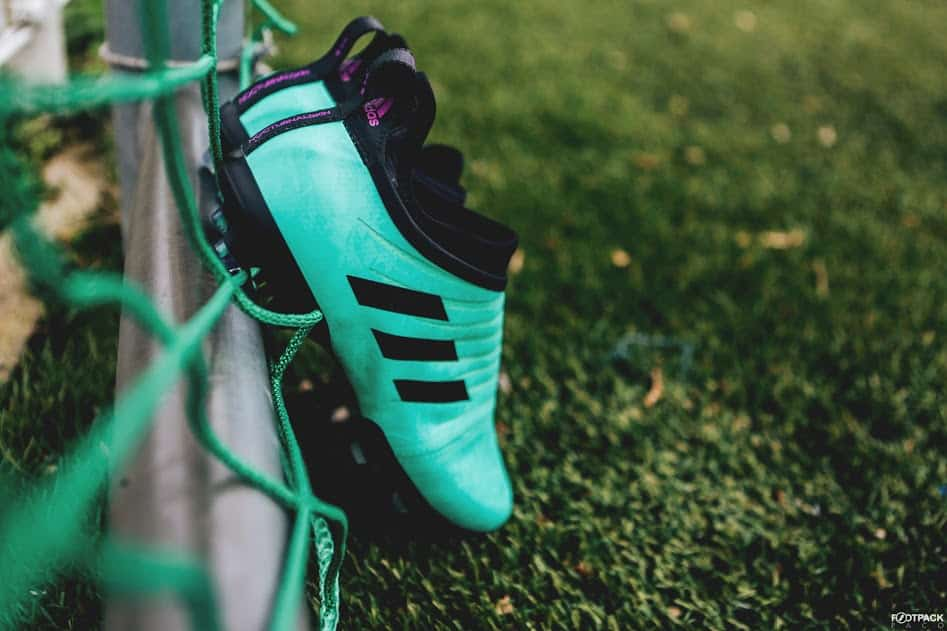 chaussures-football-adidas-GLITCH-18-Nocturnal-Vert-Givré-img1