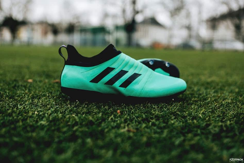 chaussures-football-adidas-GLITCH-18-Nocturnal-Vert-Givré-img2