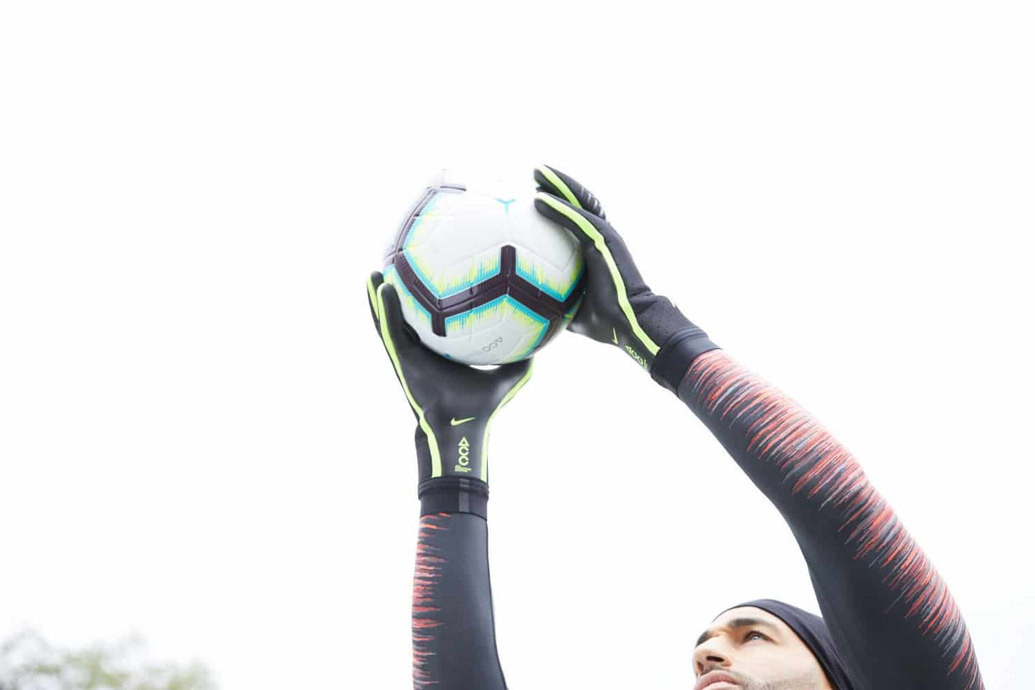 gants-gardien-football-Nike-Mercurial-Touch-Elite-img6