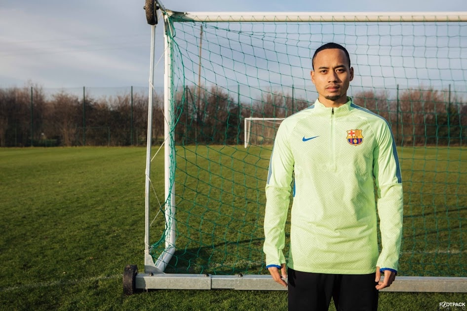 veste-football-Nike-Shield-Strike-Drill-FC-Barcelona-2017-img1