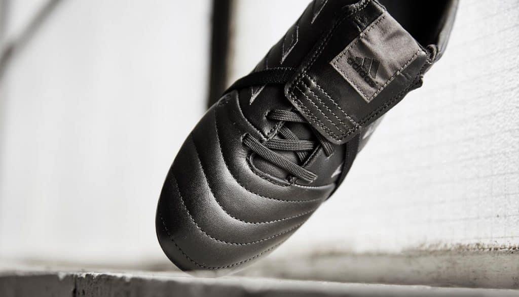 chaussure-foot-adidas-copa-gloro-17-blackout 3
