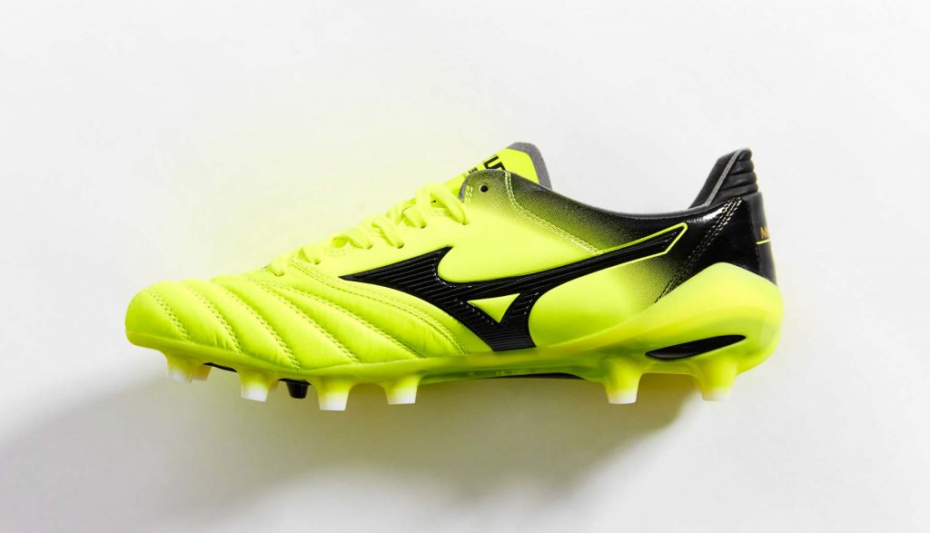chaussure-foot-mizuno-morelia-neo-II-MIJ-safety-yellow-black-1
